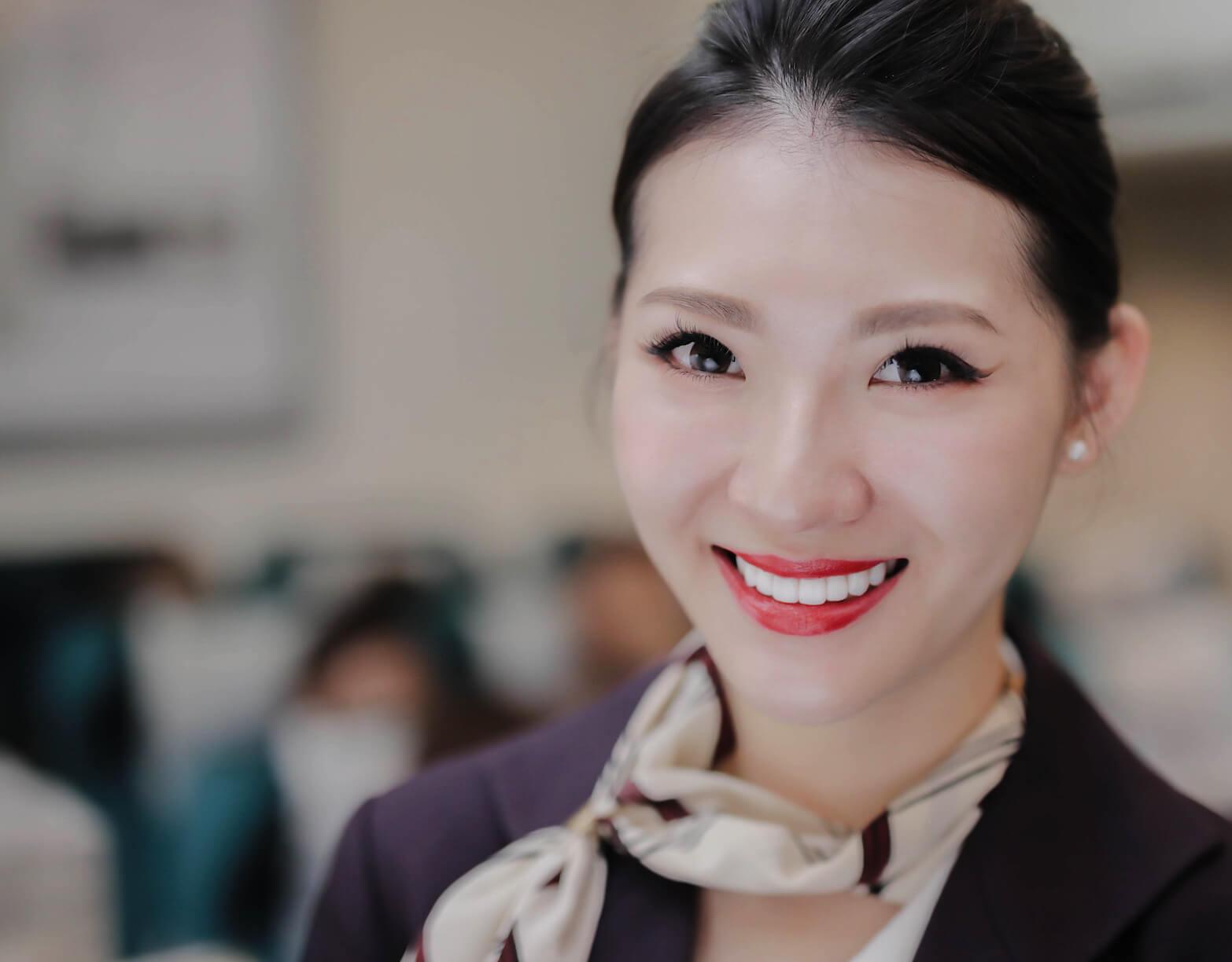 前牙美學專家 | 沈志容醫師 牙齒美白貼片空服員一日美學專案 空服員價格有優惠