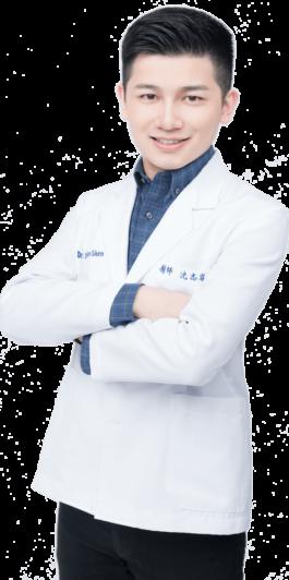 沈醫師半身側身獨照-前牙美學專家-沈志容醫師2019