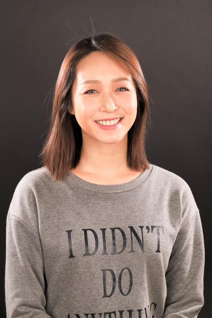 前牙美學專家-沈志容醫師推薦案例-網紅克萊兒牙齒美白全記錄-完成冷光美白