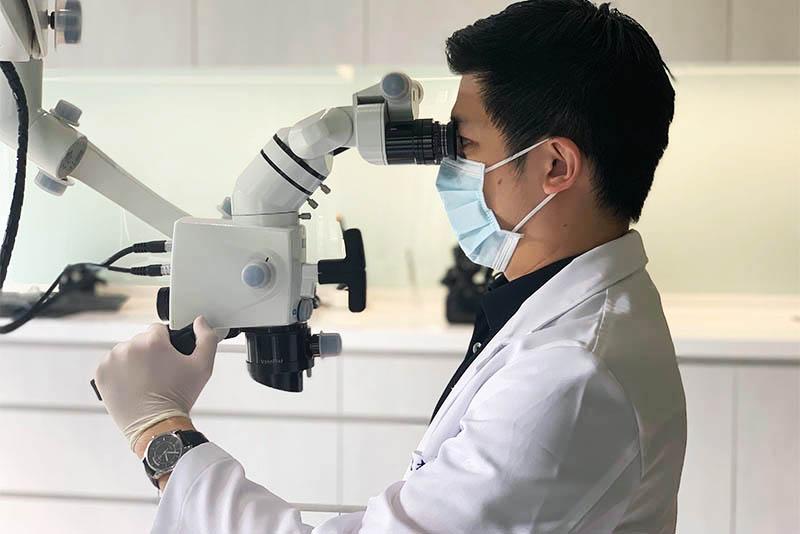 陶瓷貼片-推薦-沈志容醫師-陶瓷貼片使用顯微鏡微創磨牙